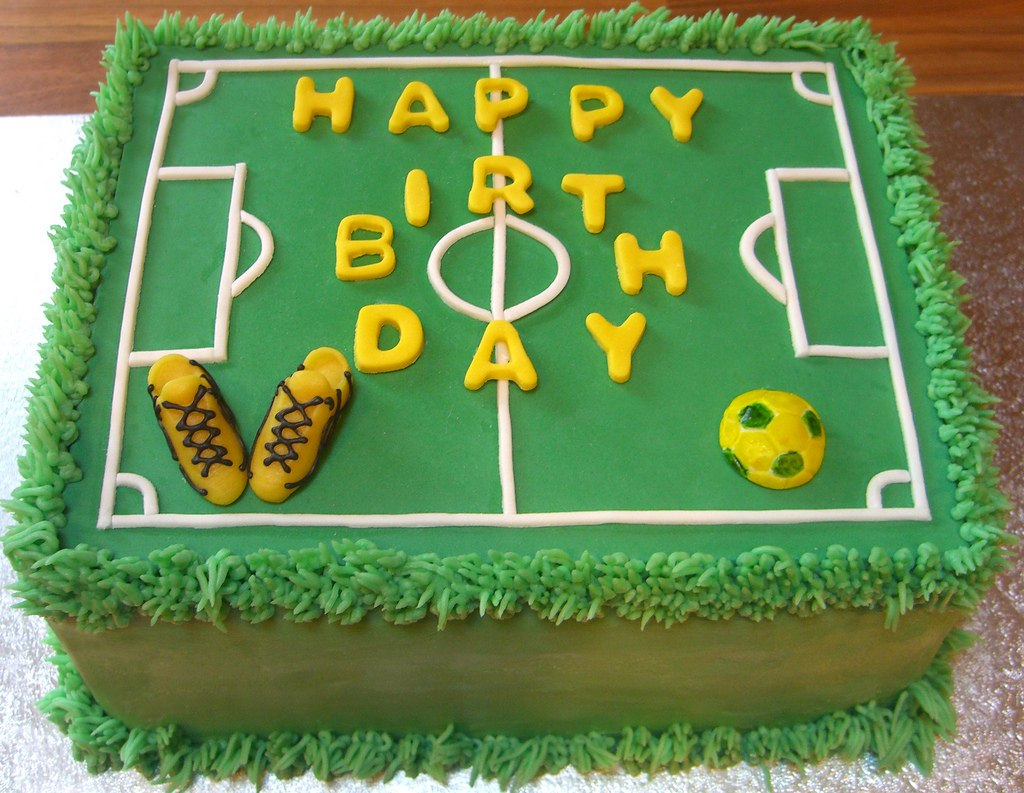 Прикольное поздравление футболисту с днем рождения